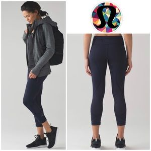 "Lululemon Pace Rival Crop *22"" in Midnight Navy"